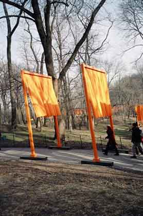 Christo And Jeanne Claude The Gates In Central Park Nyc